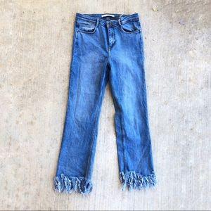 Zara Trafaluc Frayed Fringe Hem high rise Jeans 8